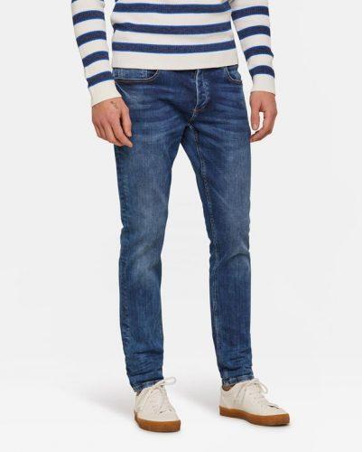 2e Jeans met 50% korting bij WE Fashion