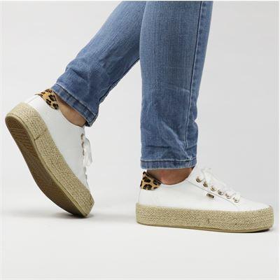 40% korting op heel veel schoenen bij Nelson