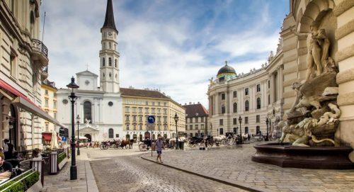 Vlieg naar Wenen (Oostenrijk) voor €30 via Wizz Air