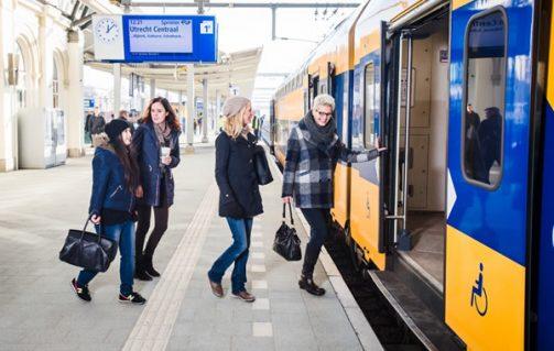Treinkaartjes van óf naar vliegveld Schiphol, Eindhoven of Rotterdam voor €10,50