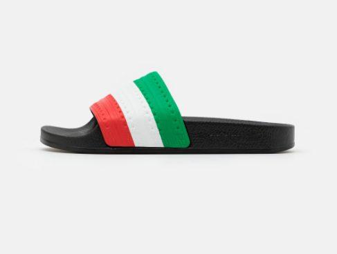 Adidas Adilette Originals slippers voor €13,95