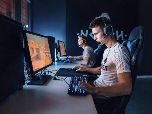 Steelseries Arctis 5 RGB Gaming headset PC/PS5 voor €89,99